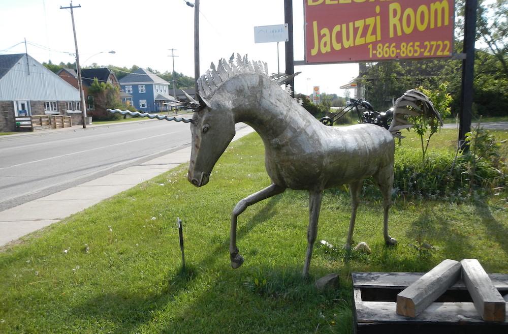 tin unicorn