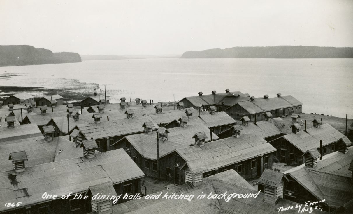 archival photo of Ontario POW camp during WWII