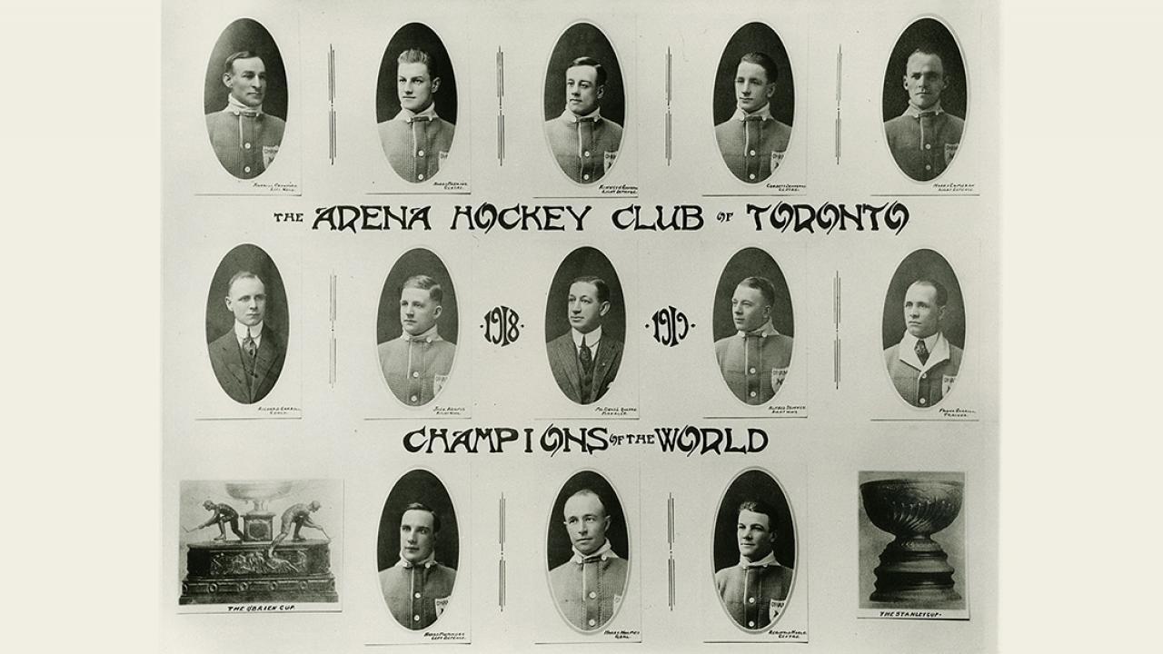 archival photo of 1917 hockey team