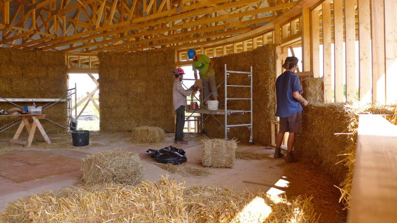 construction on a straw house