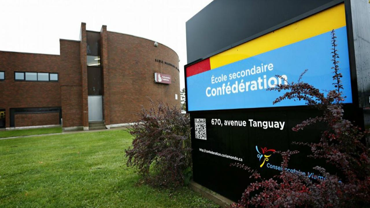 a French school in Welland, Ontario