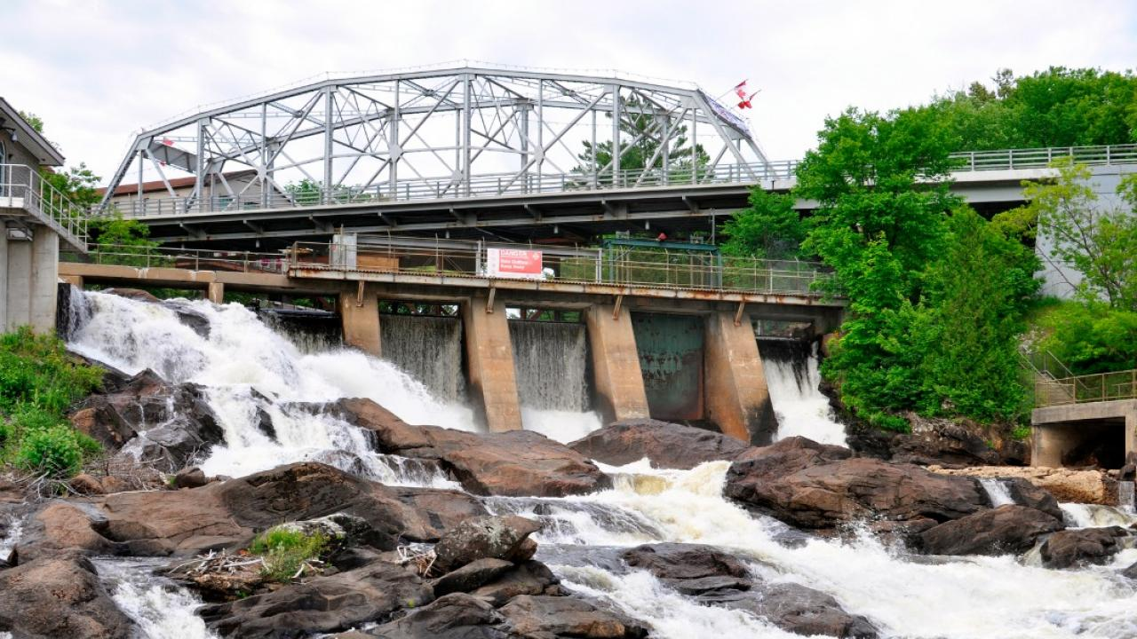 bracebridge dam and waterfall