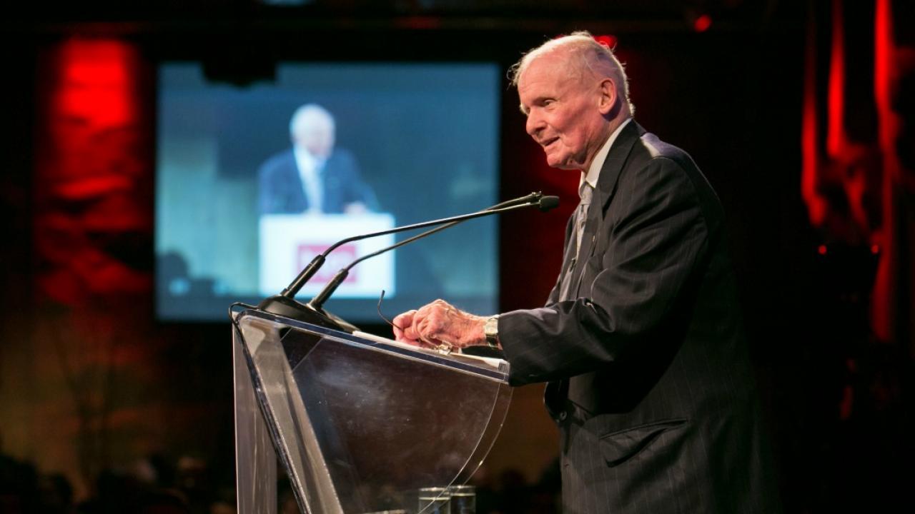 Former Ontario Premier Bill Davis gives a speech in 2013.