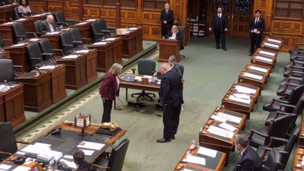 Ford and Horwath social distancing