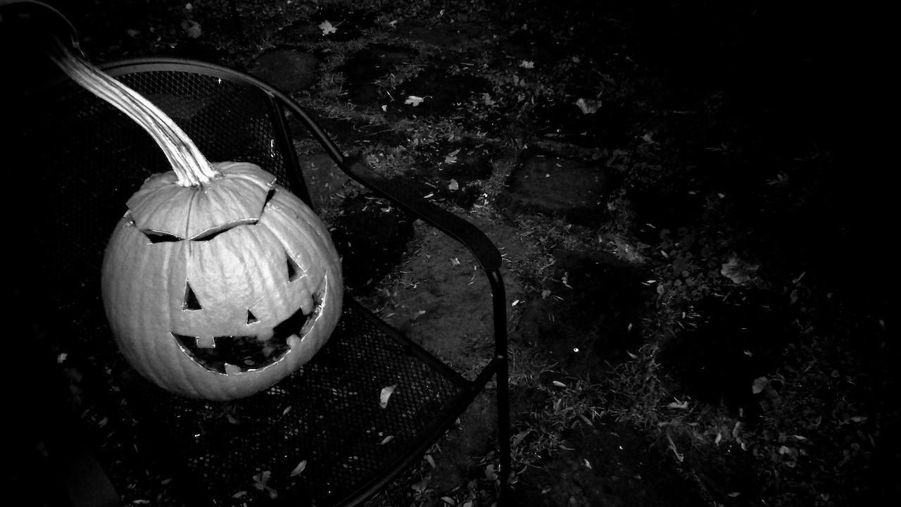 a jack-'o-lantern