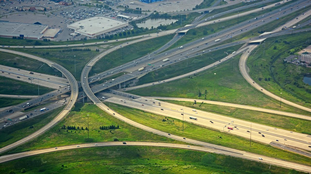 overhead shot of intersecting highways