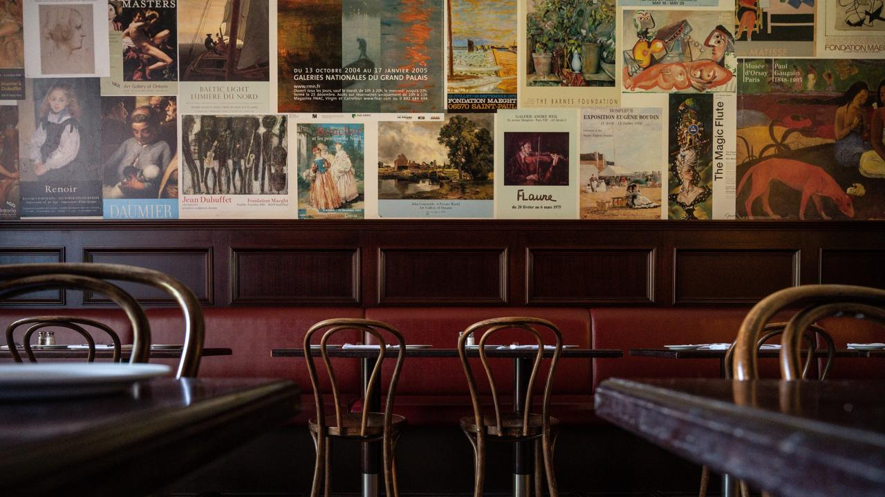 Le Select restaurant interior