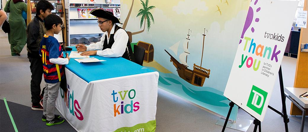TVOKids host at event