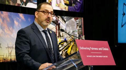 Glenn Thibeault, Ontario's energy minister