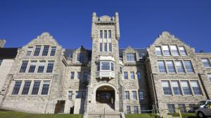 a historic Lakehead University building from the article COVID-19 could have northern Ontario universities feeling the pandemic pinch