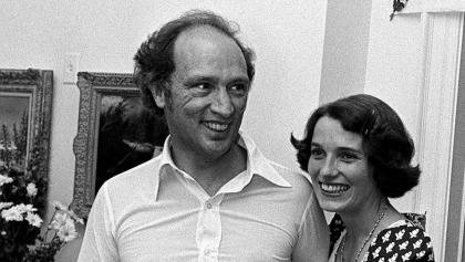 smiling man and woman from the article 'Thirst for power': How the Trudeau Liberals contested an early election… in 1974